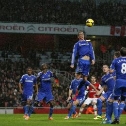 Premier, Suarez incontenibile, ma deludono Chelsea e Arsenal