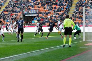 L'Inter si ferma sulla traversa