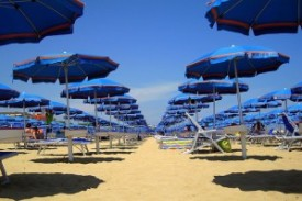spiaggia_ombrelloni-300x199
