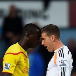 Balotelli provoca, Liverpool nel caos