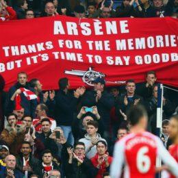 Clamoroso, i tifosi del'Arsenal chiedono a Wenger di lasciare