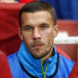 "Podolski in panchina nella ""biblioteca"" dell'Arsenal"