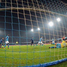 L'Inter in dieci mette paura al Napoli