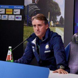 """Mancini: """"L'attaccante deve lavorare per la squadra"""""""