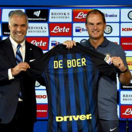 De Boer è già solo