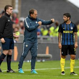 """De Boer: """"Cresceremo ogni settimana, Icardi resta con noi"""""""