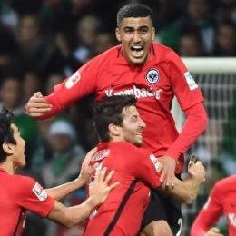 Bunde, dilaga l'Eintracht, soffre il Borussia Dortmund