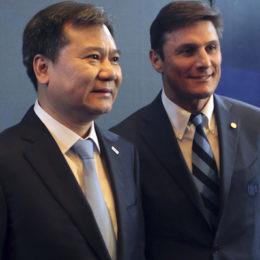 """Tg CalcioInter, il ritiro e il messaggio di Zhang, Burgnich: """"I calciatori se ne fregano"""""""