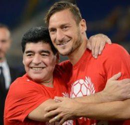 Addio al calcio di Totti, il nostro saluto fuori dal coro