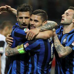 Jovetic con la maglia dell'Inter