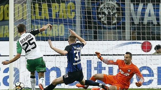 Il gol di Berardi all'Inter