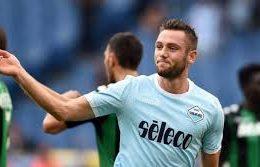 De Vrij con la maglia della Lazio