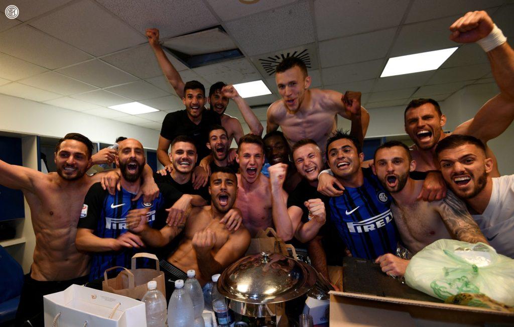 Festa spogliatoio Inter champions