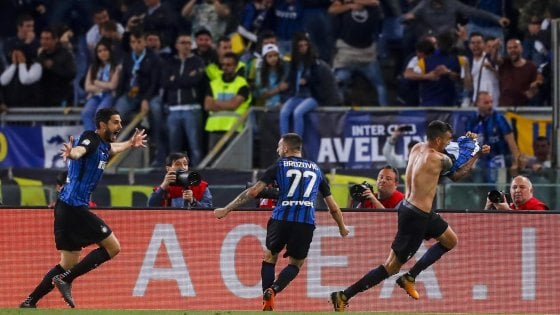 Vecino esultanza con la Lazio 2018
