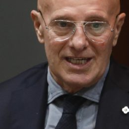 Italia fuori dai mondiali, Sacchi si chiama fuori