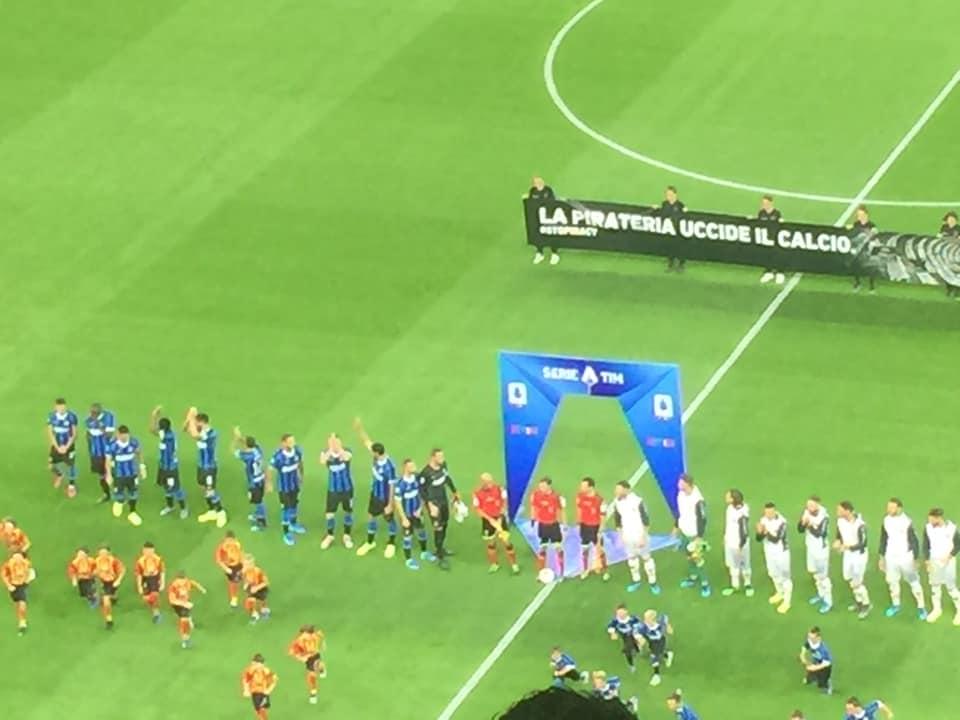 ingresso in campo dell'Inter
