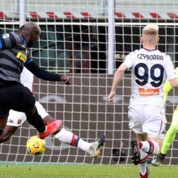 L'Inter bombarda il Genoa, alla fine la chiude