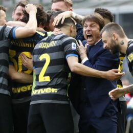 In alto i calici, l'Inter è campione d'Italia!